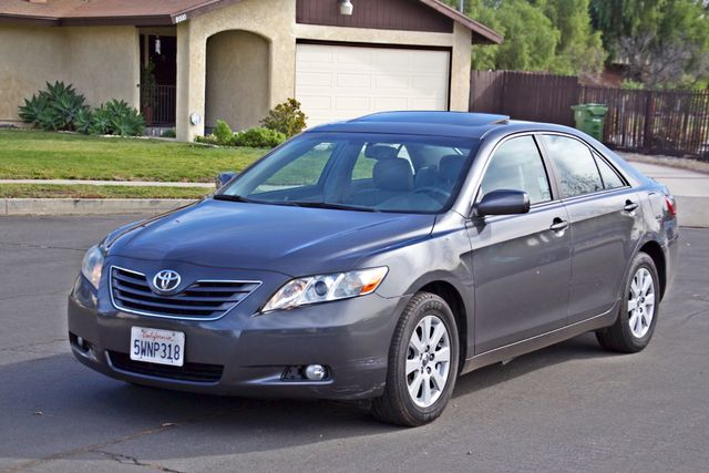 2007 Toyota CAMRY XLE LEATHER SUNROOF ALLOY WHLS NEW TIRES SERVICE RECORDS 1-OWNER Woodland Hills, CA 10