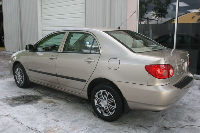 2007 Toyota Corolla CE Houston, Texas 3