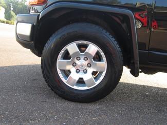 2007 Toyota FJ Cruiser Batesville, Mississippi 16