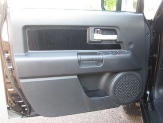 2007 Toyota FJ Cruiser Batesville, Mississippi 19