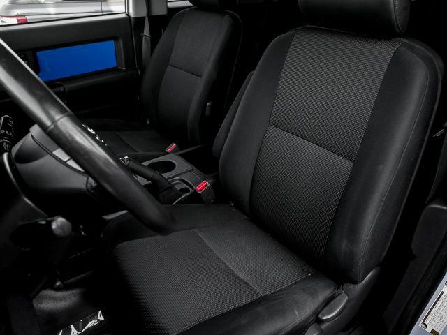2007 Toyota FJ Cruiser Burbank, CA 14