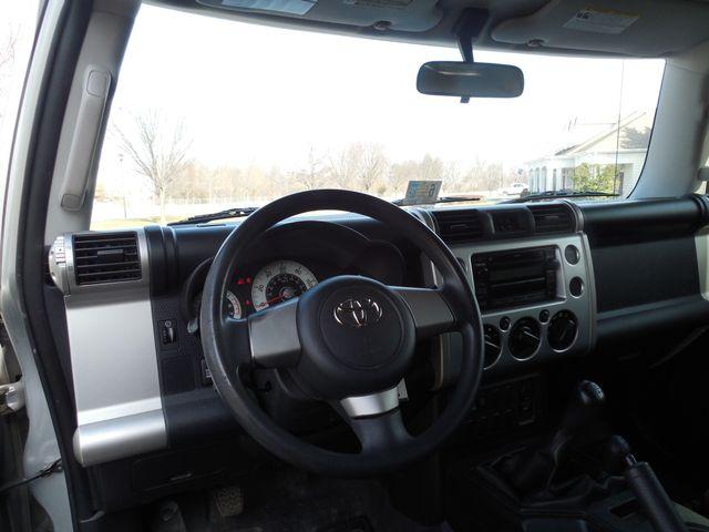 2007 Toyota FJ Cruiser 6-SPEED MANUAL W/OFF ROAD PKG Leesburg, Virginia 24