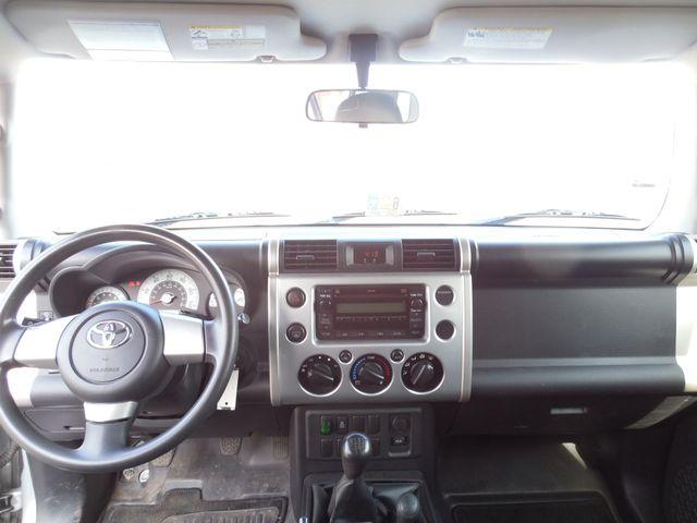 2007 Toyota FJ Cruiser 6-SPEED MANUAL W/OFF ROAD PKG Leesburg, Virginia 30