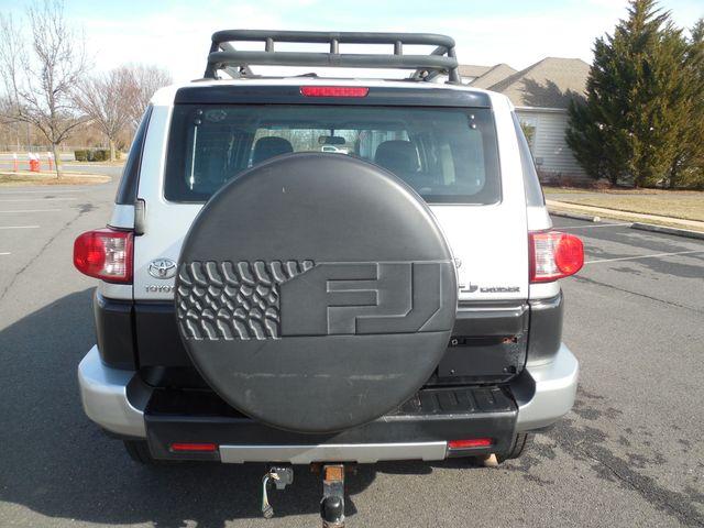 2007 Toyota FJ Cruiser 6-SPEED MANUAL W/OFF ROAD PKG Leesburg, Virginia 14