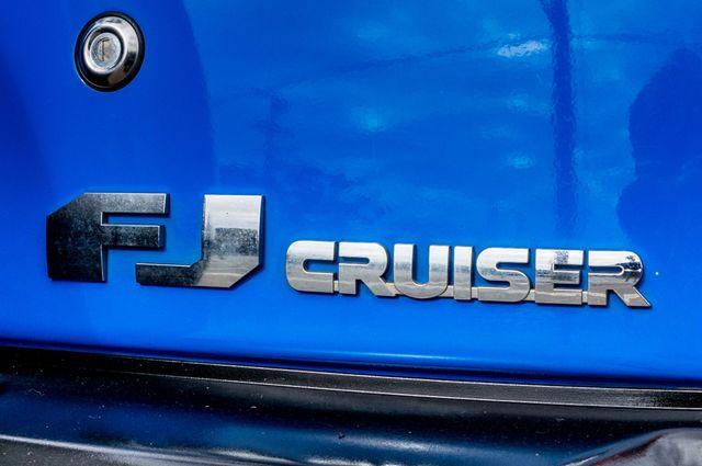 2007 Toyota FJ Cruiser Reseda, CA 39