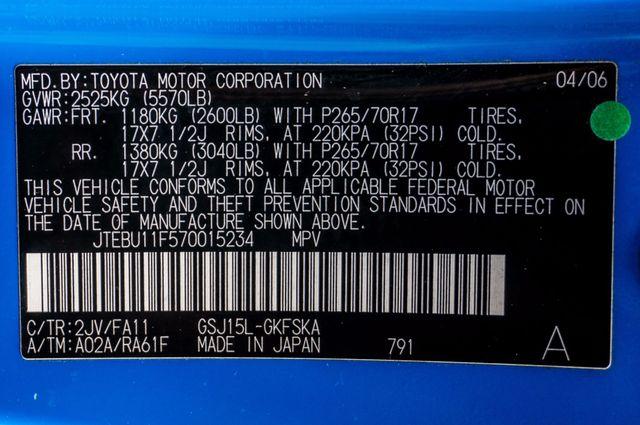 2007 Toyota FJ Cruiser Reseda, CA 38