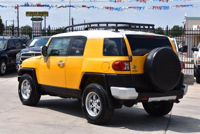 2007 Toyota FJ Cruiser 2WD San Antonio , Texas 4