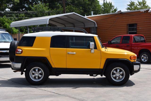 2007 Toyota FJ Cruiser 2WD San Antonio , Texas 7