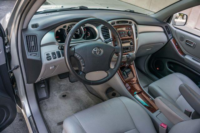 2007 Toyota Highlander Hybrid Limited - LTHR - 85K MILES - HTD STS Reseda, CA 14
