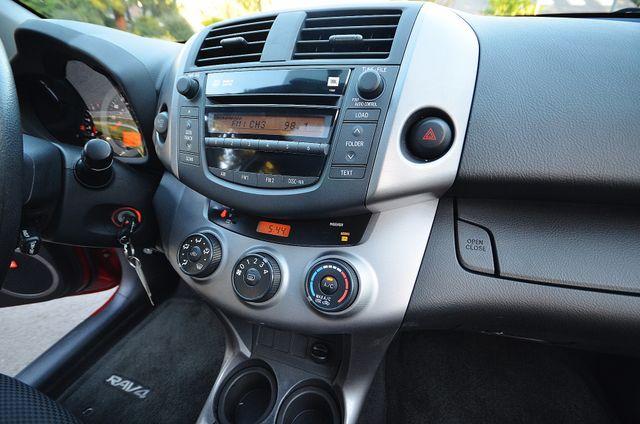2007 Toyota RAV4 Sport Reseda, CA 8