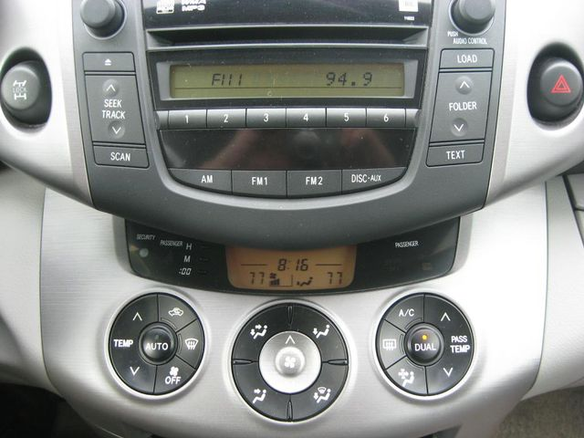 2007 Toyota RAV4 Limited Richmond, Virginia 9