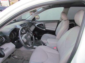 2007 Toyota RAV4 Limited / Sharp ? Looks Good Sacramento, CA 13