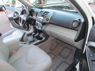 2007 Toyota RAV4 Limited / Sharp ? Looks Good Sacramento, CA 19