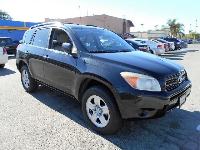 2007 Toyota RAV4 Limited warranty included to assure your worry-free purchase AutoCheck report is