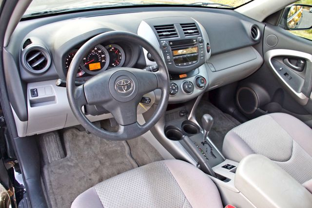 2007 Toyota RAV4 SPORT UTILITY AUTOMATIC ALLOY WHLS 1-OWNER SERVICE RECORDS AVAILABLE Woodland Hills, CA 19