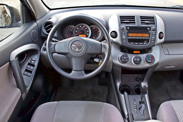 2007 Toyota RAV4 SPORT UTILITY AUTOMATIC ALLOY WHLS 1-OWNER SERVICE RECORDS AVAILABLE Woodland Hills, CA 29
