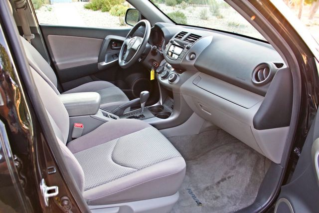2007 Toyota RAV4 SPORT UTILITY AUTOMATIC ALLOY WHLS 1-OWNER SERVICE RECORDS AVAILABLE Woodland Hills, CA 32