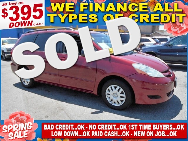 2007 Toyota Sienna LE Limited warranty included to assure your worry-free purchase AutoCheck repo