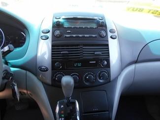 2007 Toyota Sienna LE in Santa Ana, California