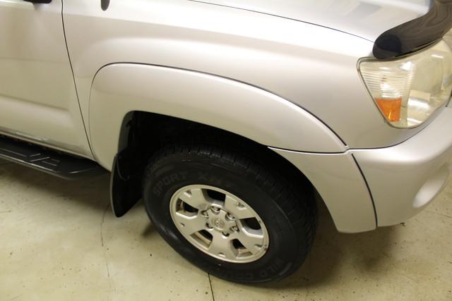2007 Toyota Tacoma Roscoe, Illinois 4