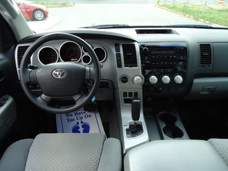 2007 Toyota Tundra SR5 crewmax Charlotte, North Carolina 12