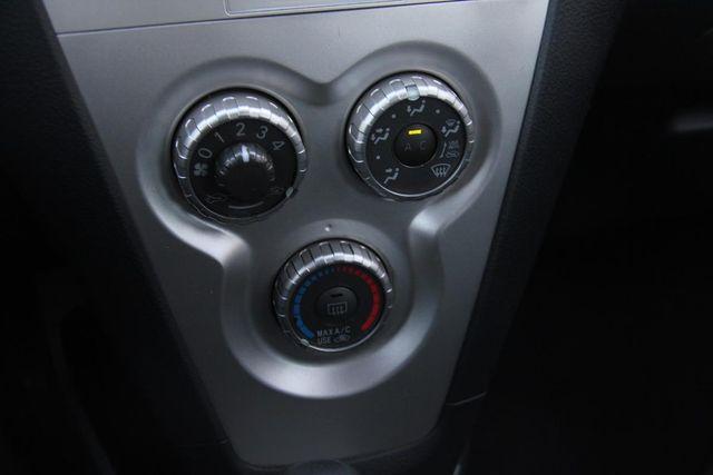 2007 Toyota Yaris Base Santa Clarita, CA 19