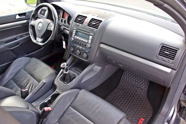 2007 Volkswagen GTI 2.0T HATCHBACK MANUAL LEATHER ONLY 53K MLS XENON 1-OWNER SERVICE RECORDS Woodland Hills, CA 26