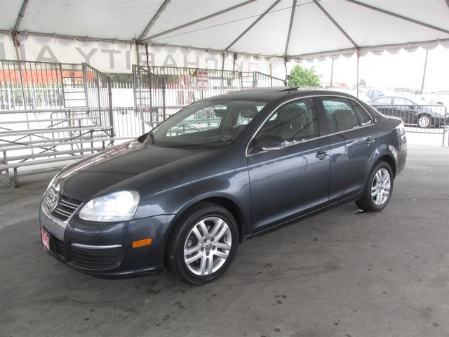 2007 Volkswagen Jetta 25 This particular vehicle has a SALVAGE title Please call or email to che