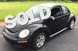 2007 Volkswagen-Carmartsouth.Com New Beetle-BLACK ON BLACK WITH LEATHER!! AUTO!!  31 MPH! BUY HERE PAY HERE! Knoxville, Tennessee