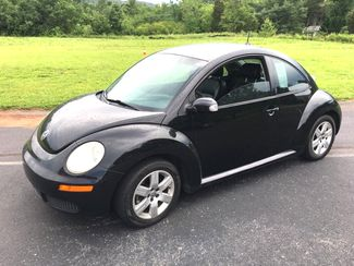 2007 Volkswagen-Carmartsouth.Com New Beetle-BLACK ON BLACK WITH LEATHER!! AUTO!!  31 MPH! BUY HERE PAY HERE! Knoxville, Tennessee 1