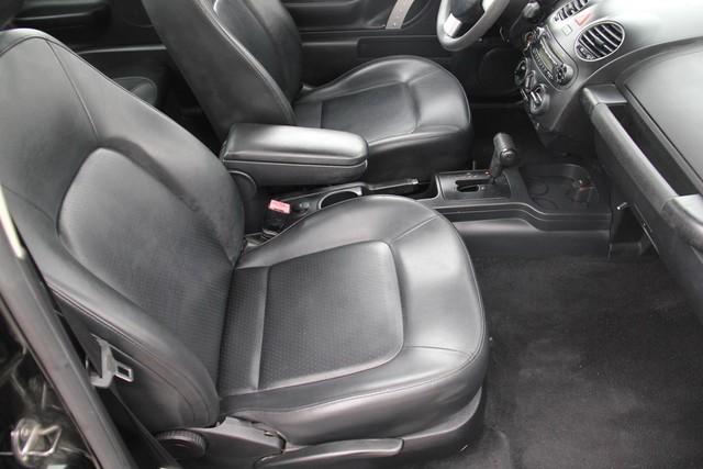 2007 Volkswagen New Beetle Santa Clarita, CA 13