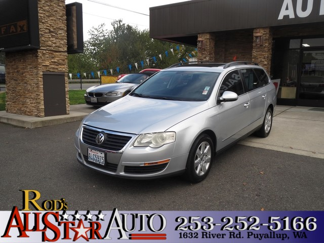 2007 Volkswagen Passat 20T The CARFAX Buy Back Guarantee that comes with this vehicle means that