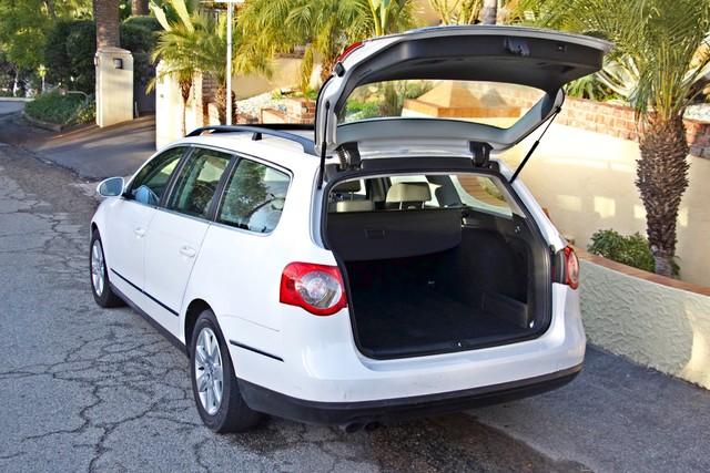 2007 Volkswagen PASSAT 2.0T WAGON ONLY 62K ORIGINAL MILES Woodland Hills, CA 25