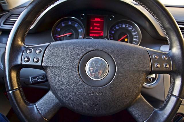 2007 Volkswagen PASSAT 2.0T WAGON ONLY 62K ORIGINAL MILES Woodland Hills, CA 12