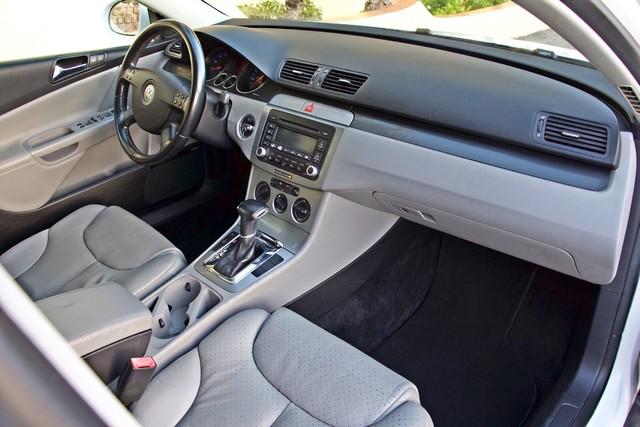 2007 Volkswagen PASSAT 2.0T WAGON ONLY 62K ORIGINAL MILES Woodland Hills, CA 20