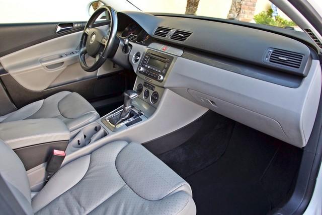 2007 Volkswagen PASSAT 2.0T WAGON ONLY 62K ORIGINAL MILES Woodland Hills, CA 21