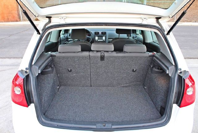 2007 Volkswagen RABBIT HATCHBACK ONLY 70K MLS AUTOMATIC SERVICE RECORDS NEW TIRES CRUISE CONTROL Woodland Hills, CA 13