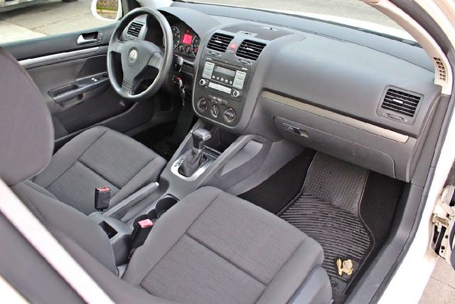 2007 Volkswagen RABBIT HATCHBACK ONLY 70K MLS AUTOMATIC SERVICE RECORDS NEW TIRES CRUISE CONTROL Woodland Hills, CA 21