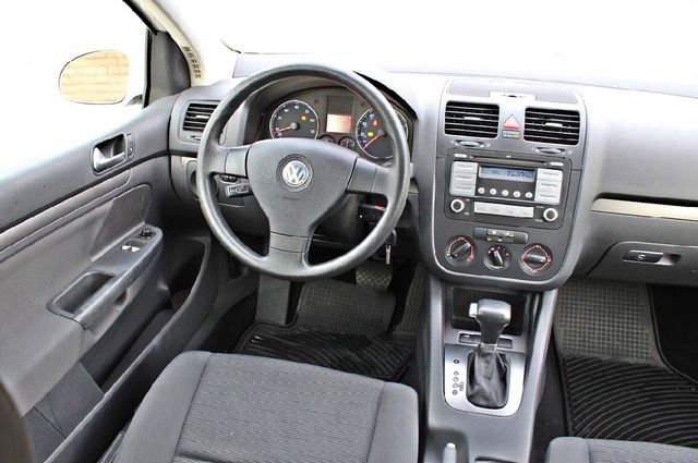 2007 Volkswagen RABBIT HATCHBACK ONLY 70K MLS AUTOMATIC SERVICE RECORDS NEW TIRES CRUISE CONTROL Woodland Hills, CA 20