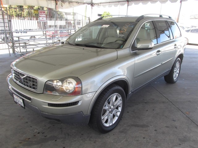 2007 Volvo XC90 V8 This particular Vehicle comes with 3rd Row Seat Please call or e-mail to check