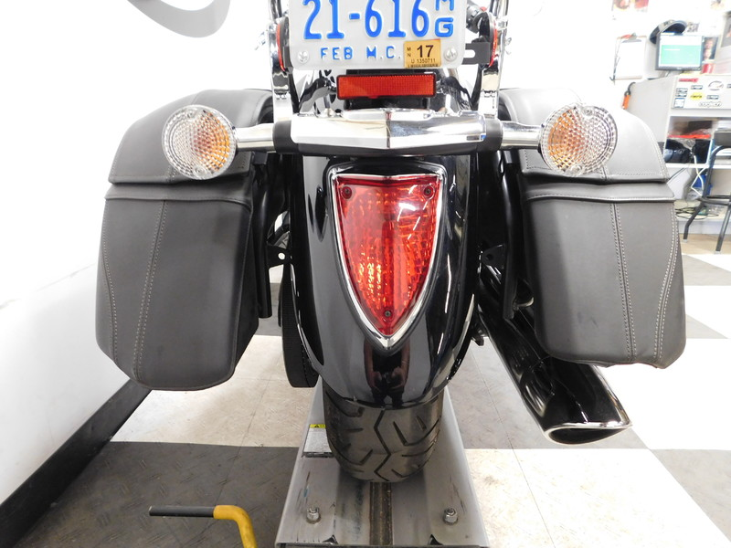 2007 Yamaha Vstar 1300 Tour XVS13CT in Eden Prairie, Minnesota