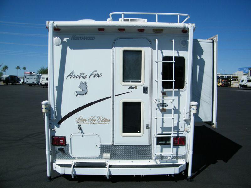 2008 Arctic Fox 811  in Surprise, AZ