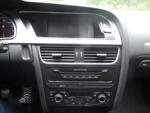 2008 Audi A5 6-Speed Manual  QUATTRO Leesburg, Virginia 18