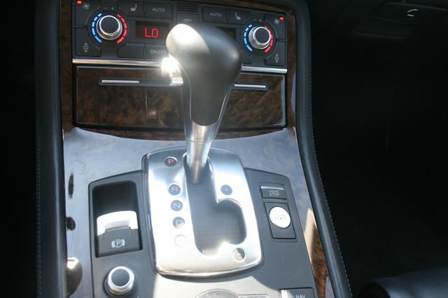 2008 Audi S8 Houston, Texas 25