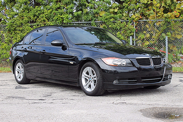 2008 BMW 328i  WARRANTY CARFAX CERTIFIED ONE OWNER 11 SERVICE RECORDS TRADES WELCOME