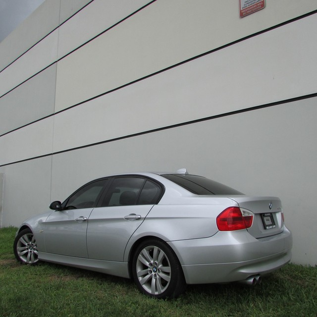 2008 BMW 328i  SPECIAL 2008 BMW 328i SILVER COLOR GREY LEATHER SUNROOF PAINT LIKE NE