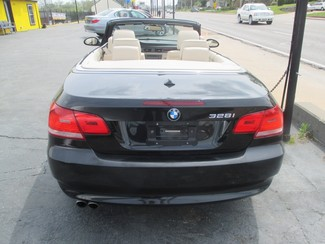 2008 BMW 328i Hard top Convertible Saint Ann, MO 6