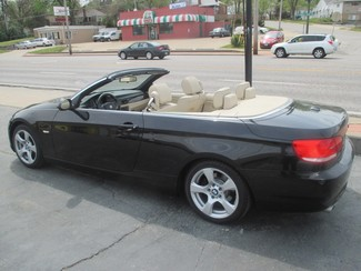 2008 BMW 328i Hard top Convertible Saint Ann, MO 9