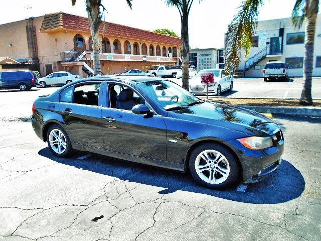 2008 BMW 328i Limited warranty included to assure your worry-free purchase AutoCheck report is av