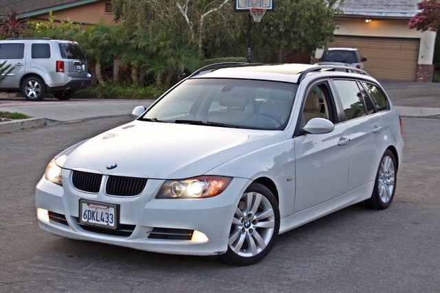 2008 BMW 328IT STATION WAGON AUTOMATIC XENON SPORTS PKG ALLOY WHLS SERVICE RECORDS! Woodland Hills, CA 2